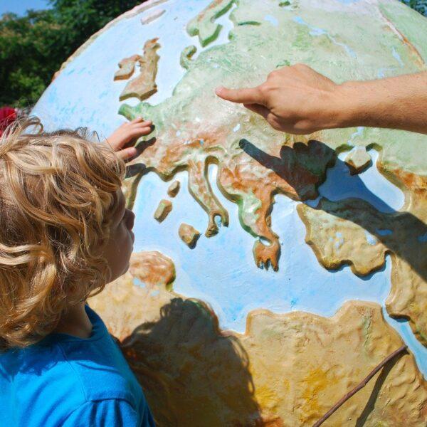 Pracownia Geografii oraz akcesoria do nauki Geografii w szkole i w domu